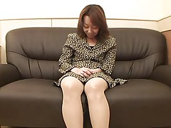47yr old Hairy Kiyoko Tachibana gets Creamed (Uncensored)