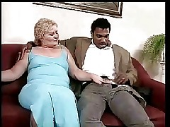 BBW BLONDE MATURE GET FUCKED BY BLACK DICK