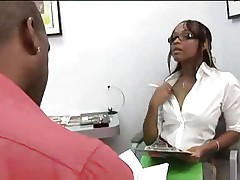 Ebony Milf fuck in Office